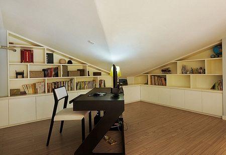 小儿童房,我们的房子116方(不含阁楼),层高5米,因此局部隔了一层.图片