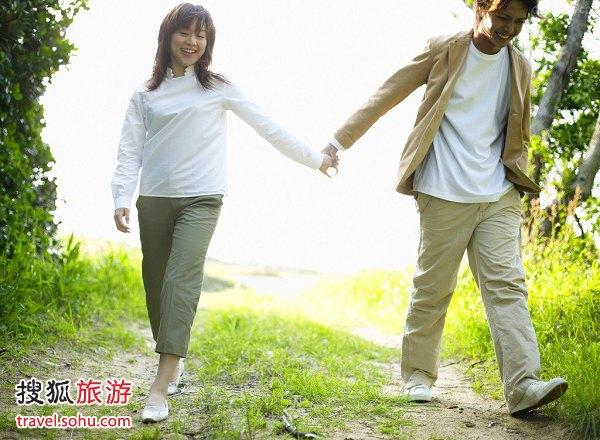 """日本:每月都有""""红日子"""""""