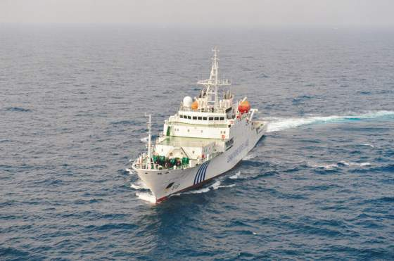 中国海监船巡航东海油气田海域。