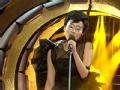 《百变大咖秀》片花 黄龄模仿偶像王菲 致敬天后演唱《开到荼蘼》