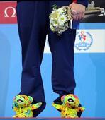 图文:游泳短池世锦赛 罗切特在颁奖仪式上