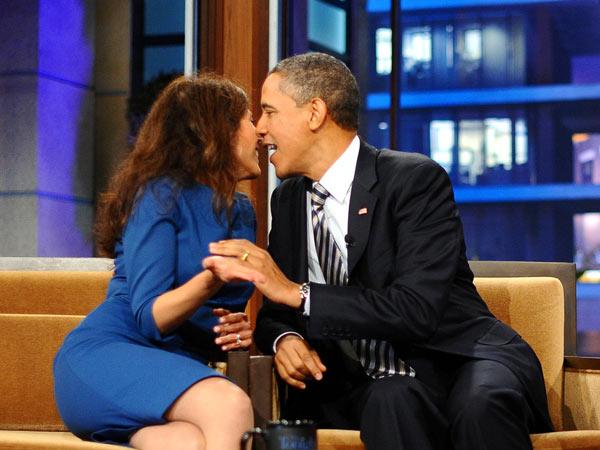 """奥巴马与各国女政要的""""暧昧""""瞬间"""