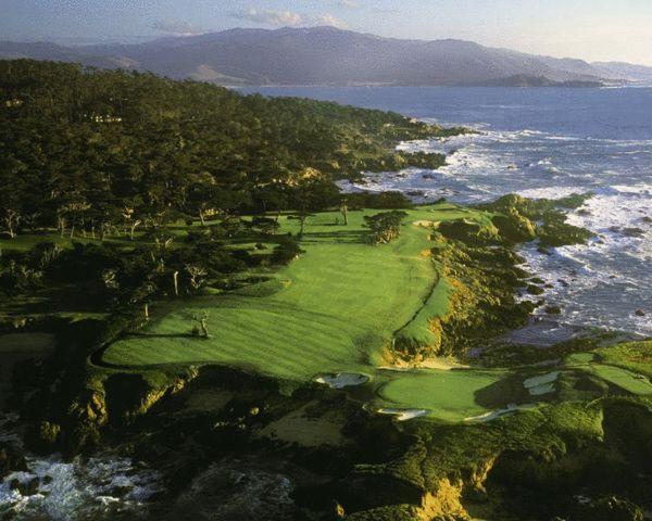 1. 柏树点俱乐部——美国加州圆石滩