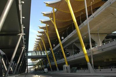 巴拉哈斯机场4号航站楼(西班牙马德里)