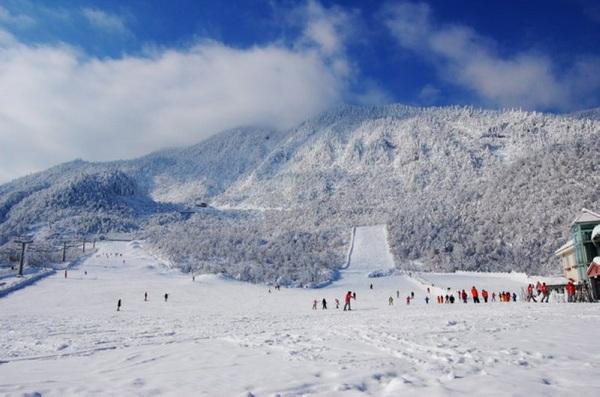 晴空滑雪场