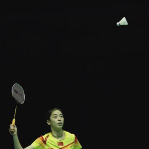 长得好看的羽毛球女运动员杀球网站小?(组图)4k超清美女威力壁纸1366图片
