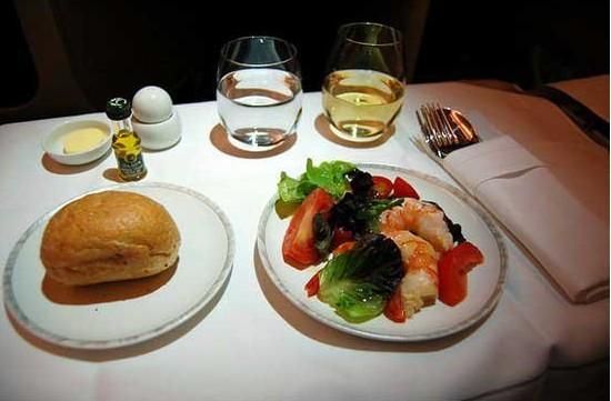 飞机餐 航空公司万米高空的美食战争