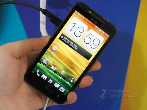 4.7Ӣ��������� HTC One XC�л�3030Ԫ