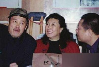 《卖拐》是赵本山事业的一个高峰,而这个时期赵本山的拍档一直是高秀敏
