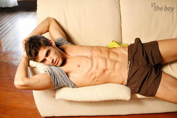 巴西肌肉男模caio cesar线条完美性感出镜