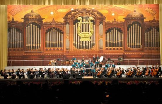 暖意融融——维也纳管弦乐团2013新年音乐