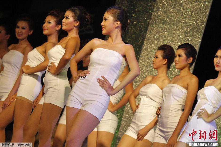 中国选美大赛_缅甸举行2012圣诞小姐选美大赛(组图)