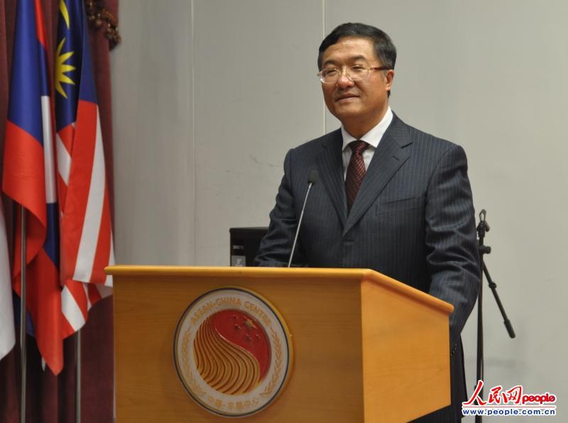 伟文在致辞中表示,东盟在华留学生是中国—东盟友好的民间大使,是图片