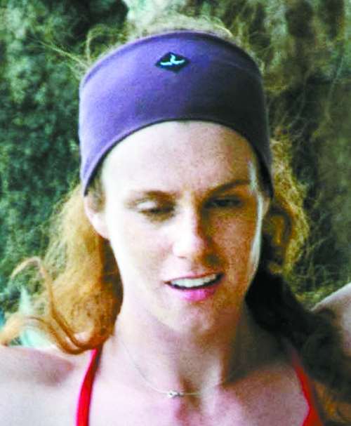 全裸美国女走钢丝组图