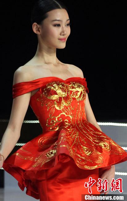 2012年中国模特之星大赛总决赛角逐出10佳(组图)