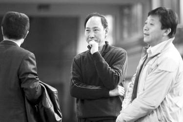 图片作者:周国强图片说明:孙海平新年愿望:希望刘翔早日恢复 本报记者 周国强 摄
