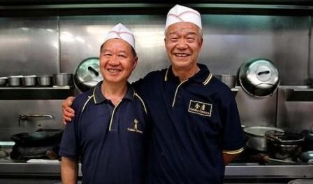 右为金唐酒家主厨Hung Leung