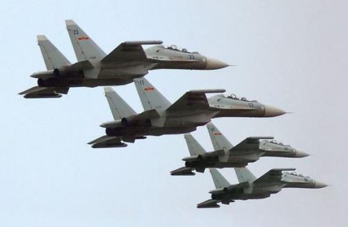 中国歼25_美媒:中国歼16战机已产24架 正交付海军航空兵(图)