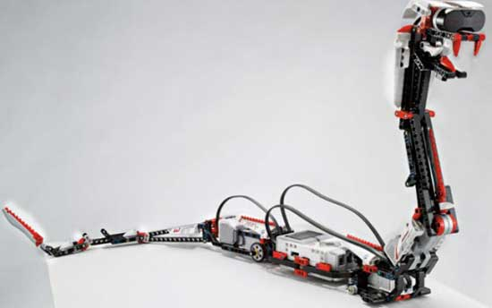 CES+2013+乐高新一代智能机器人玩具面世