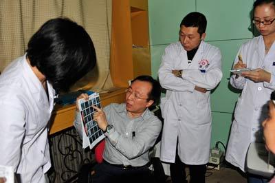 北京同仁医院眼科主任卢海