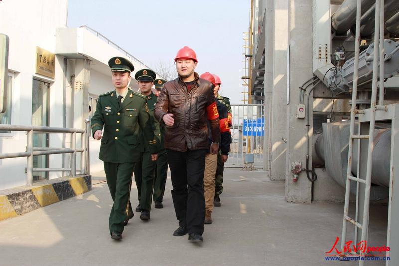 高清:武警扬州边防检查站聘请110联动协管员