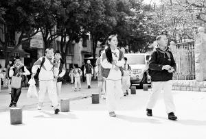 厦门初中初中下月起早读取消保证作业量控制介绍小学班主任图片