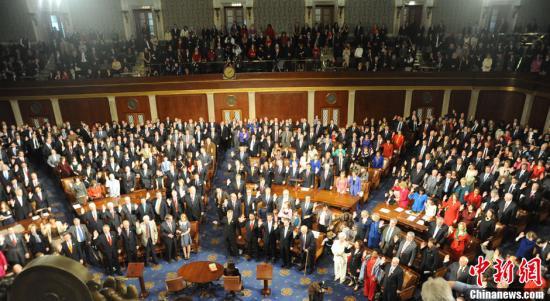 民调:美国国会大失人心 比虱子蟑螂更令人生厌