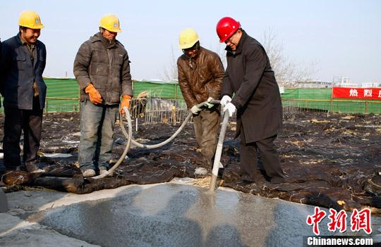 林军/1月10日,中国侨联主席林军为中国华侨博物馆主体建筑浇筑最后...