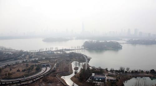 南京连续8天空气质量指数达到污染级别