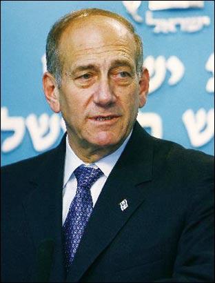 以色列前总理奥尔默特(资料图)