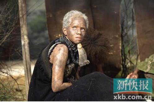 黑人性交视频黑人能看到_哈利·贝瑞饰演黑人奴隶.
