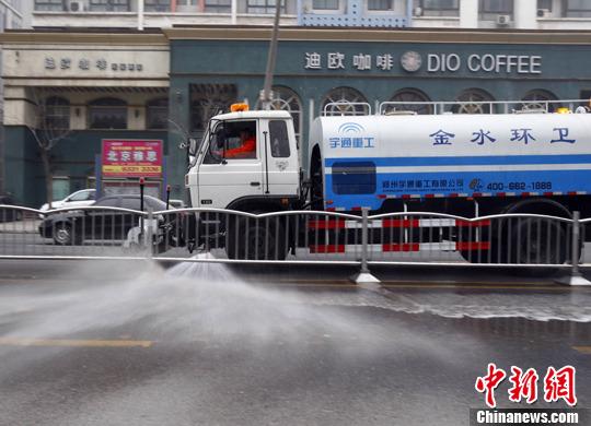 雾霾黄色预警继续发布 郑州制订应急预案治雾