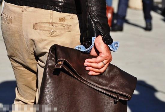 手拿包开始流行
