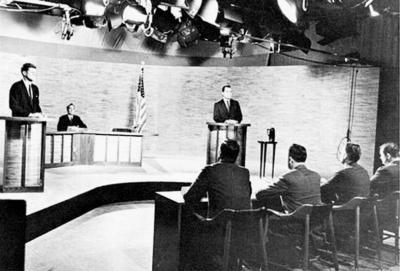 尼克松和肯尼迪在电视辩论现场资料图