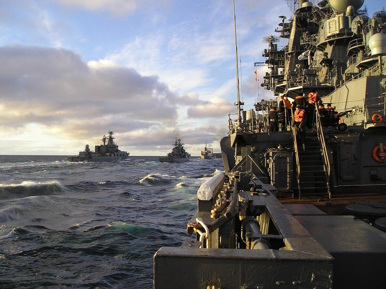 世界 最大 基洛夫/俄罗斯海军目前还保有核动力巡洋舰作为海上主要力量,虽然这些...