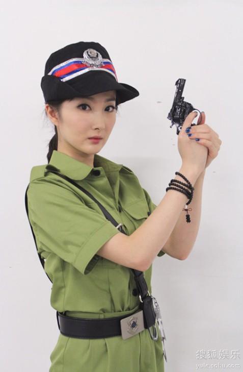 演员程媛媛变身陀枪师姐