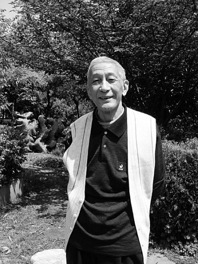 翻译大家杨德豫在汉去世 70多岁时还在背单词