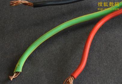 神奇液态金属电线:彻底割断后可自我修复
