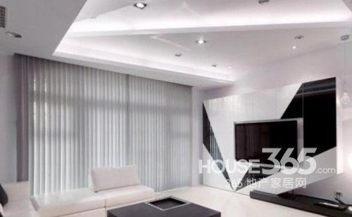 客厅吊顶装修效果图:弧线形的客厅吊顶装修效果图,led灯带伴随吊顶的