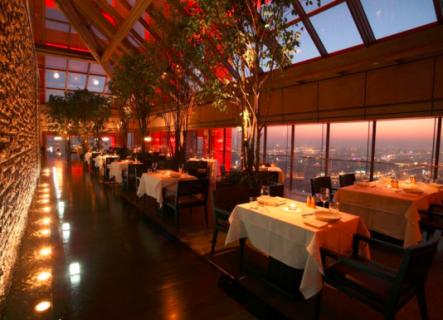 并能参与角逐本次活动大奖享受专属情人节高级餐厅