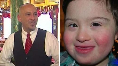 得克萨斯州休息顿时洛伦佐餐馆服务员加西亚(左)和患有唐氏综合症的小顾客米洛。