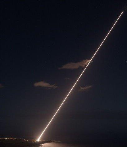美国陆基中段反导系统(GMD)发射拦截弹,此前仅有美国和日本进行过此种试验。