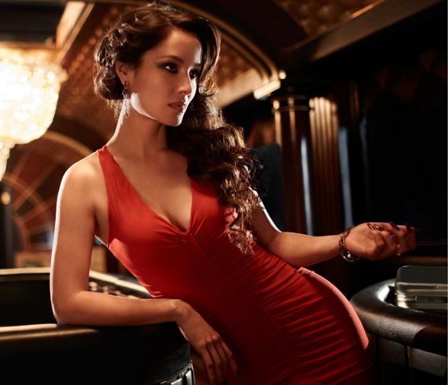 ...美的99人,在这份榜单中,超模刘雯是唯一的中国面孔,排在第82...