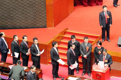 广东省十二届人大一次会议今天上午选举大会现场。杨洪 摄
