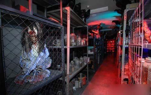 日本颤栗鬼屋医院黑暗中体验未知的恐惧(组图)