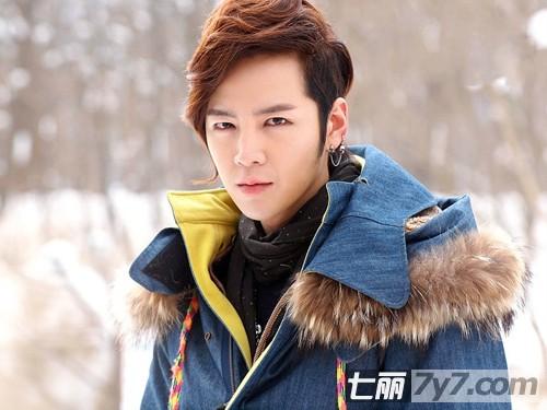 韩国当红男艺人时尚发型图片