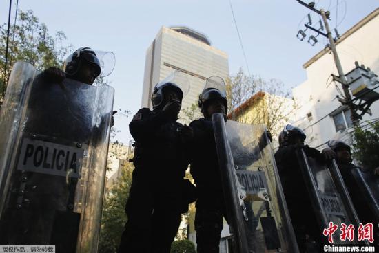 普京对墨西哥石油公司爆炸致人员死亡表示慰问