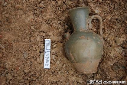 图七 彭祠窑址出土的青釉执壶