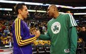 图文:[NBA]湖人不敌凯尔特人 纳什巴博萨握手