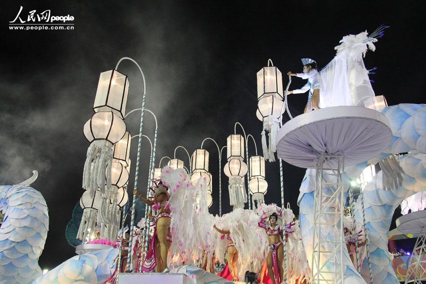 """韩国 表演/甲级组以""""韩国人移民巴西50周年""""为主题的的花车巡游摄影:..."""